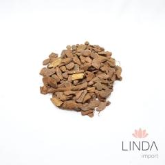 Casca de Pinus Pequena Saco 1KG SPN 04